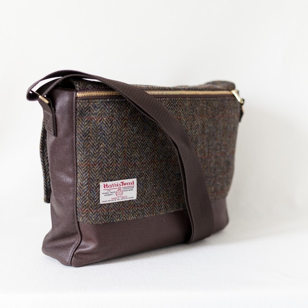 2ad9c398c4 Katherine Emtage Ultimate Man Bag brown Harris Tweed with cordura reverse