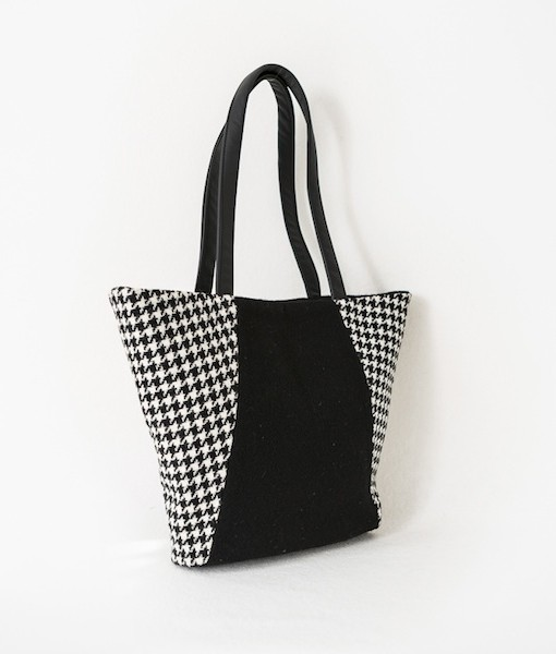 Katherine Emtage Anna Day Bag side angle black and white