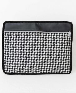 Katherine Emtage Day to Night Clutch open