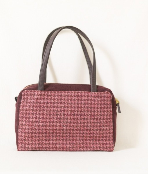 Katherine Emtage Elsie Day Bag raspberry houndstooth with dark cherry trim front