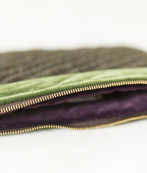 Katherine Emtage moss brown Harris Tweed iPad clutch bag detail