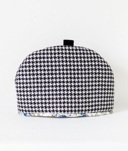 Katherine Emtage black & White houndstooth large tea cosy