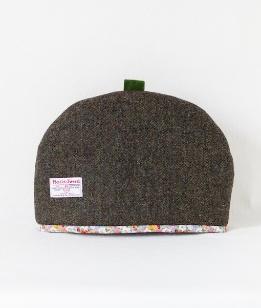 Katherine Emtage large tea cosy moss brown Harris Tweed reverse