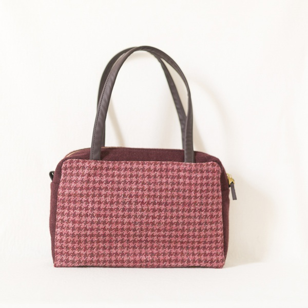 Katherine Emtage Elsie Day Bag raspberry houndstooth with dark cherry trim front